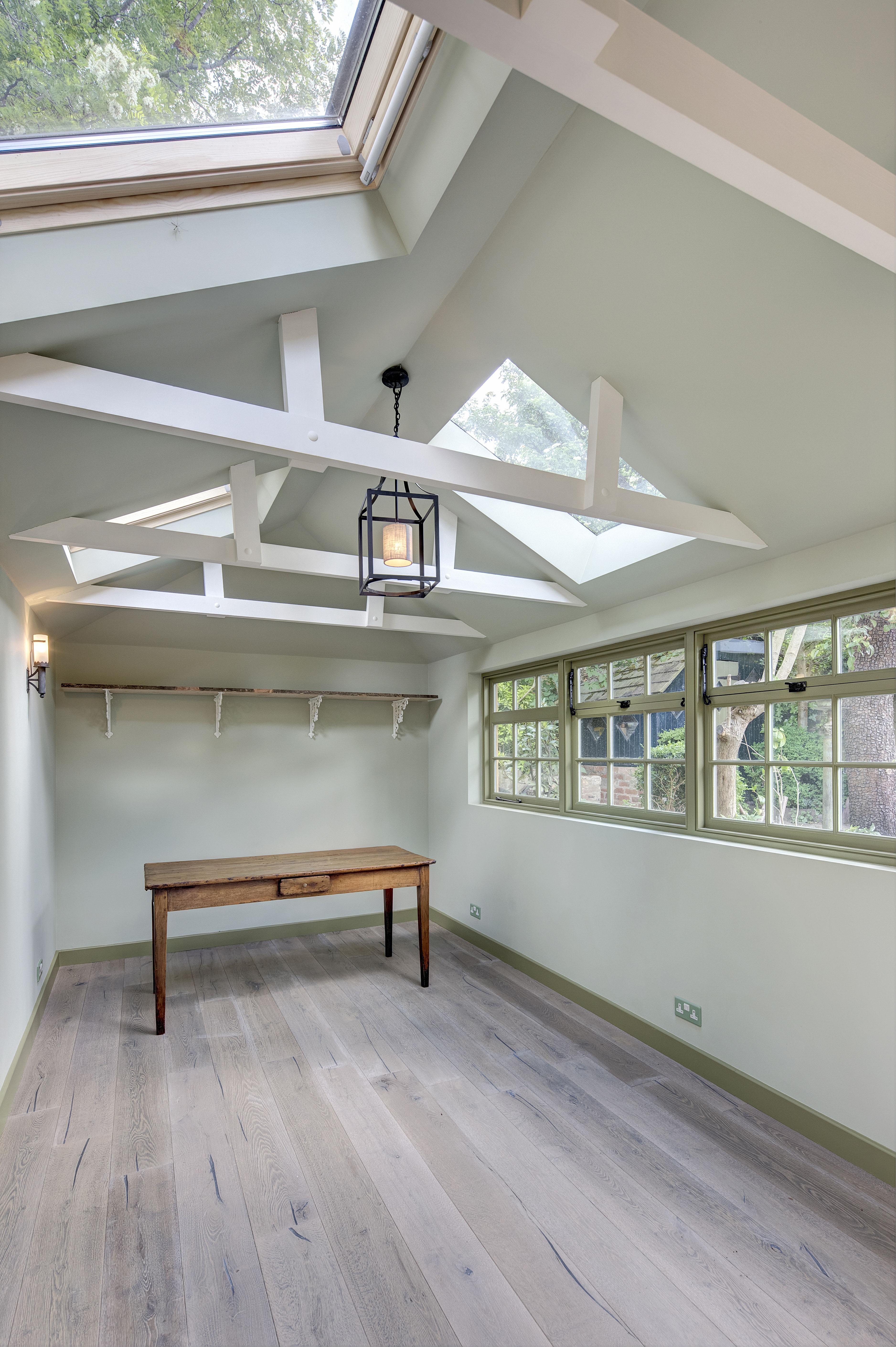 Rylet Road Garden Room2